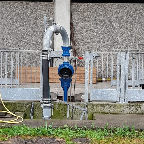 stazione di pompaggio con pompa a cardano